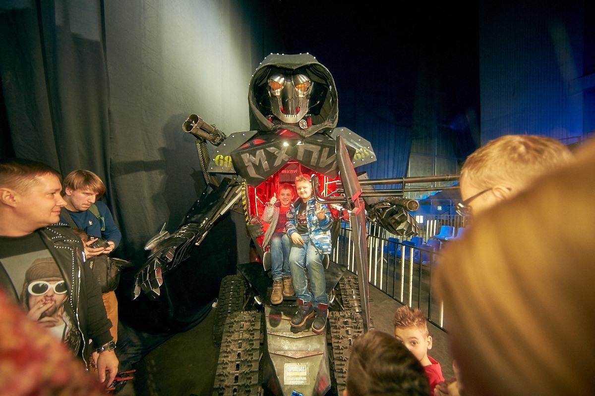Фотоотчет с открытия боев роботов «Бронебот-2016» - 29