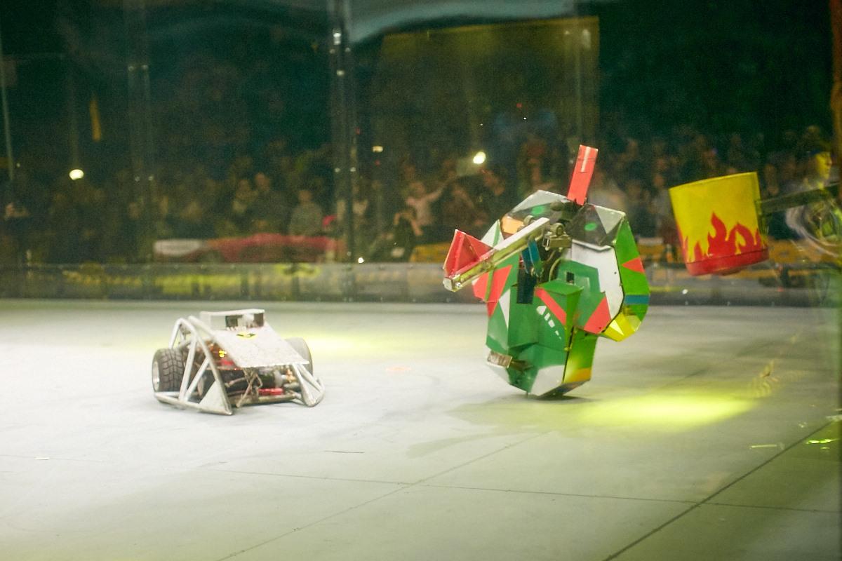 Фотоотчет с открытия боев роботов «Бронебот-2016» - 35