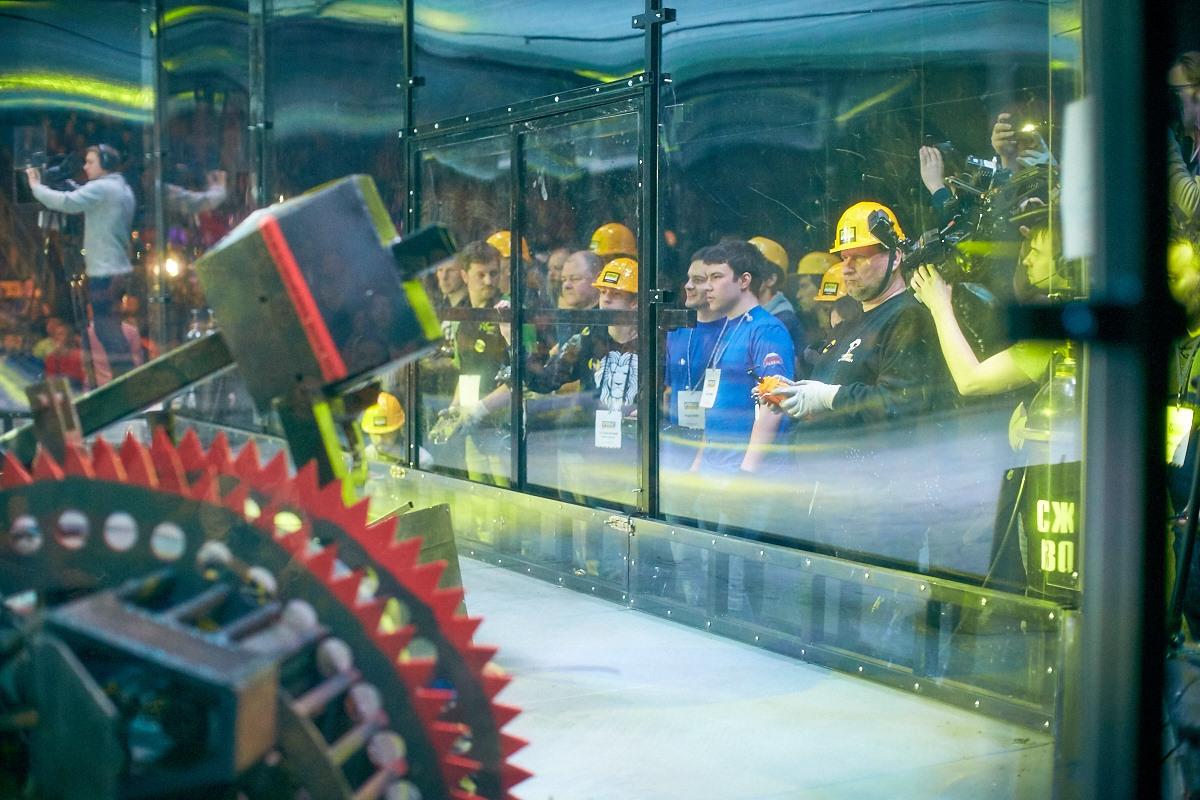 Фотоотчет с открытия боев роботов «Бронебот-2016» - 47