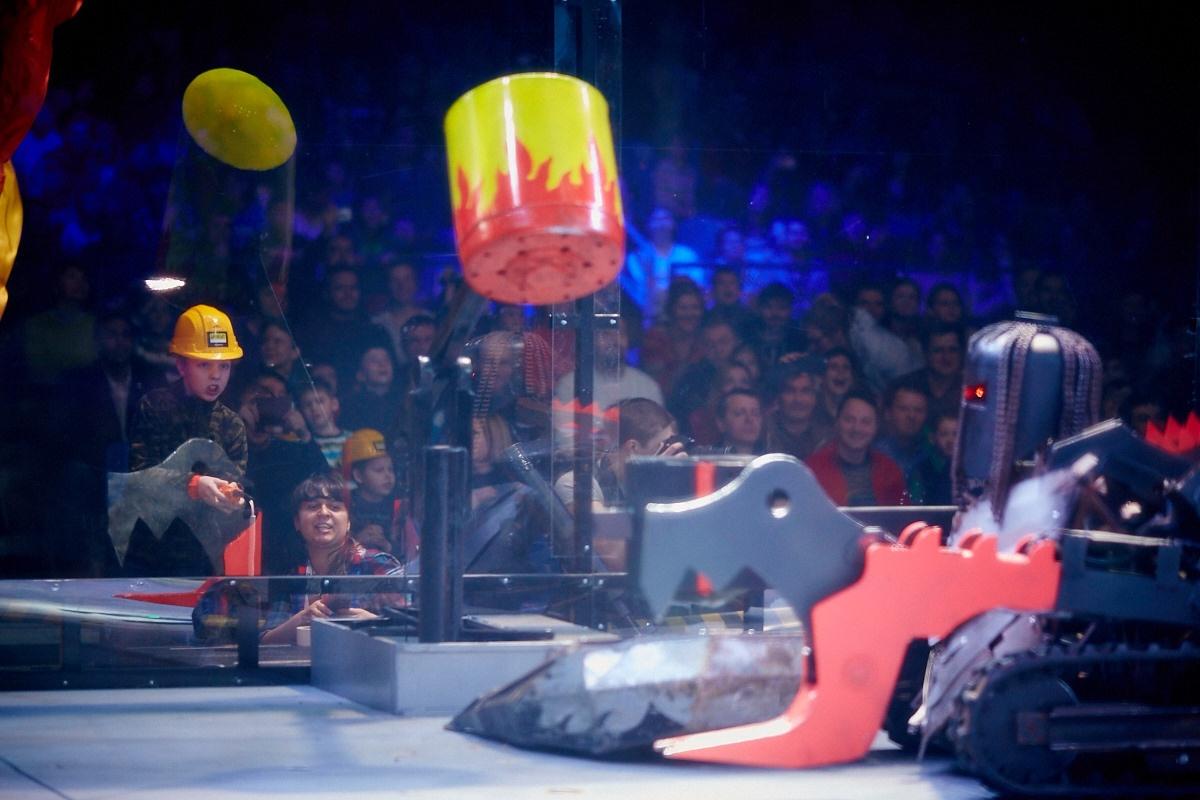 Фотоотчет с открытия боев роботов «Бронебот-2016» - 56