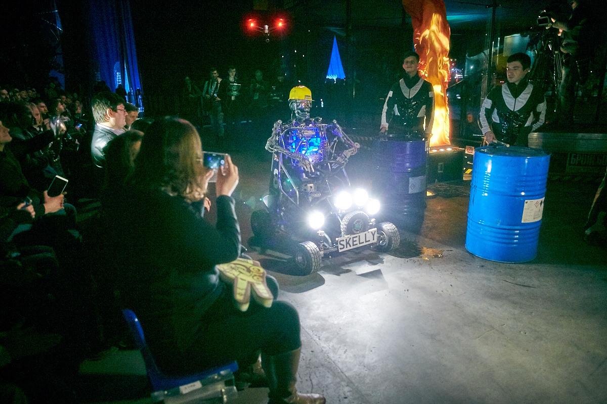 Фотоотчет с открытия боев роботов «Бронебот-2016» - 59