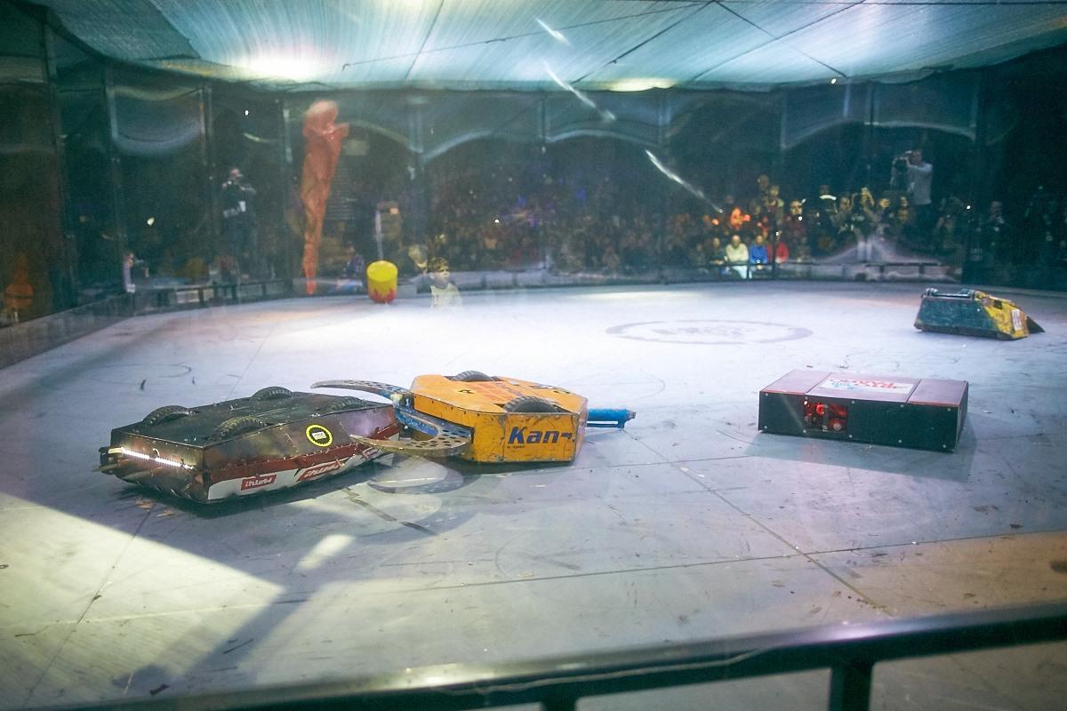 Фотоотчет с открытия боев роботов «Бронебот-2016» - 72