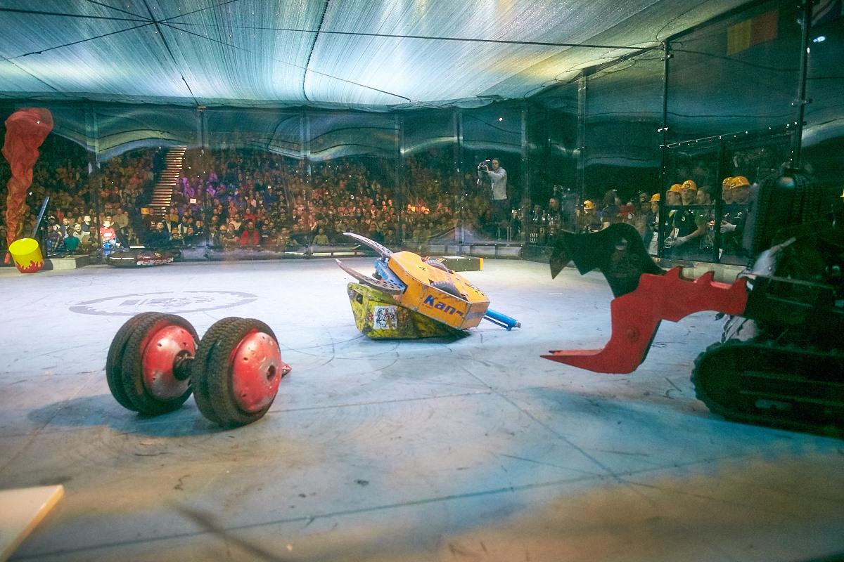 Фотоотчет с открытия боев роботов «Бронебот-2016» - 73