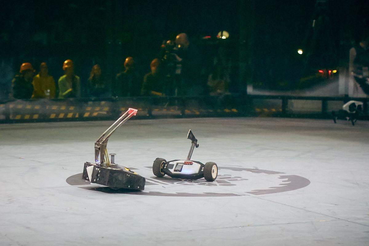 Фотоотчет с открытия боев роботов «Бронебот-2016» - 9