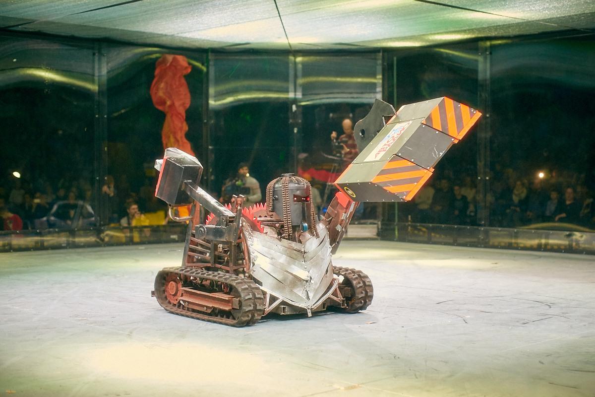 Фотоотчет с открытия боев роботов «Бронебот-2016» - 1