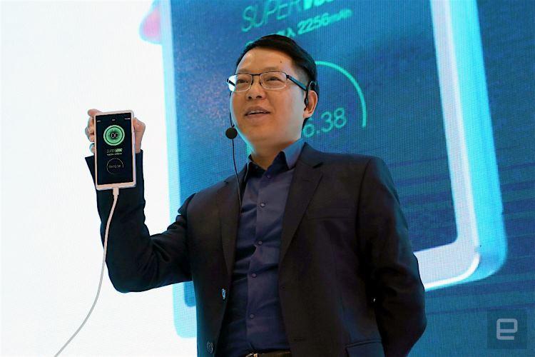 Компания Oppo представила зарядку, способную за 15 минут зарядить телефон на 100% - 1