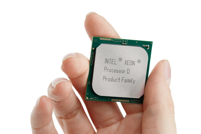 SoC Intel Xeon D-1571, D-1577 и D-1587 содержат по 16 ядер