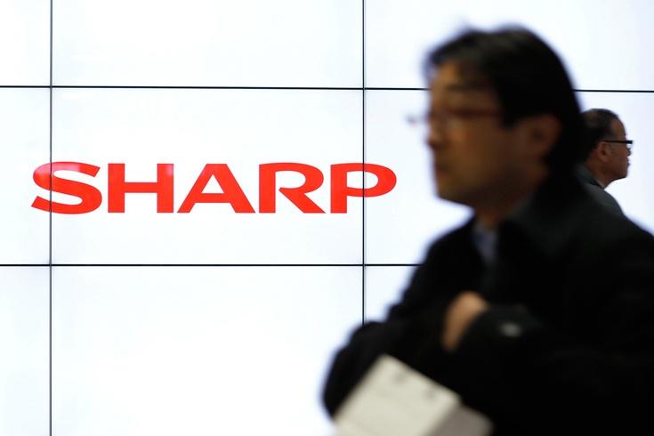 Акции Sharp всего за день потеряли 14% стоимости