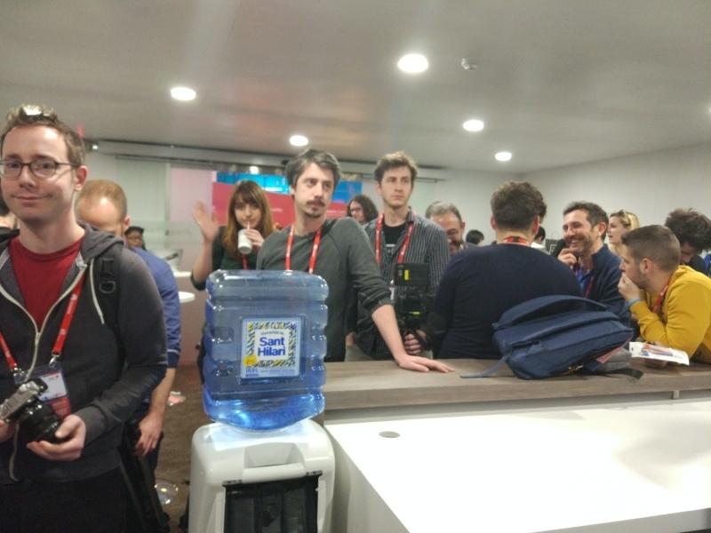 Про Xiaomi Mi5: недостатки, первые впечатления и живые фотографии из Барселоны - 8