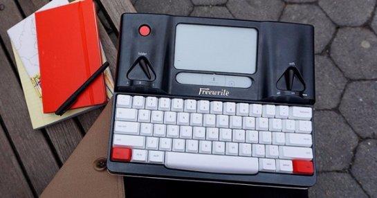 Freewrite Smart Typewriter- печатная машинка с дисплеем E Ink