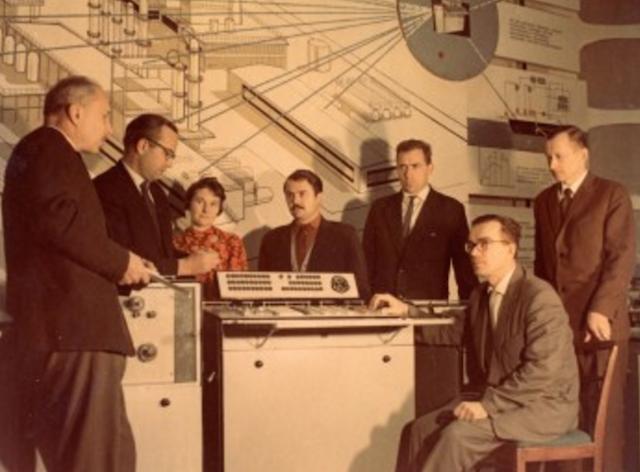 Электронмаш — флагман отечественной компьютерной техники - 10