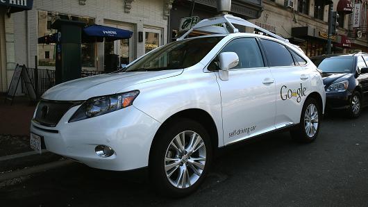 Робомобиль Google врезался в автобус в Калифорнии - 1