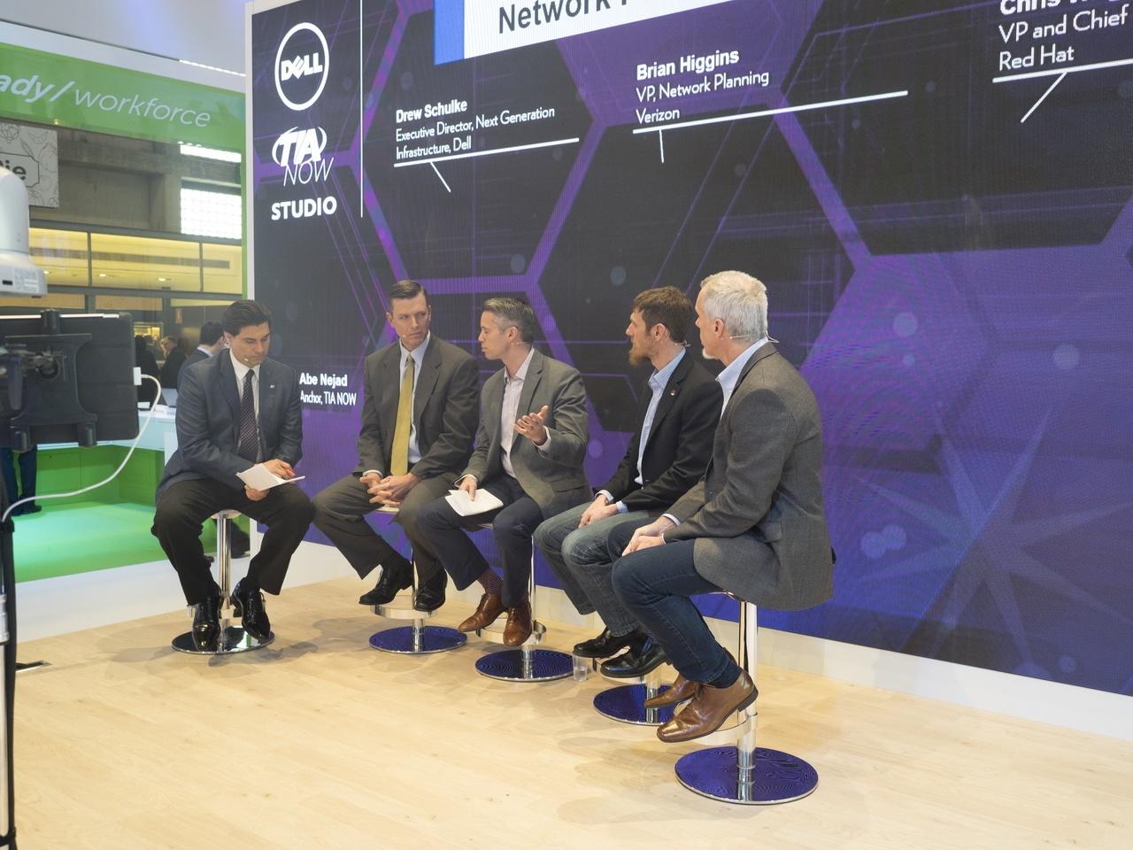 Dell на Mobile World Congress: подготовка к эпохе IoT, модульные дата-центры, OEM-решения и защищенный планшет - 6