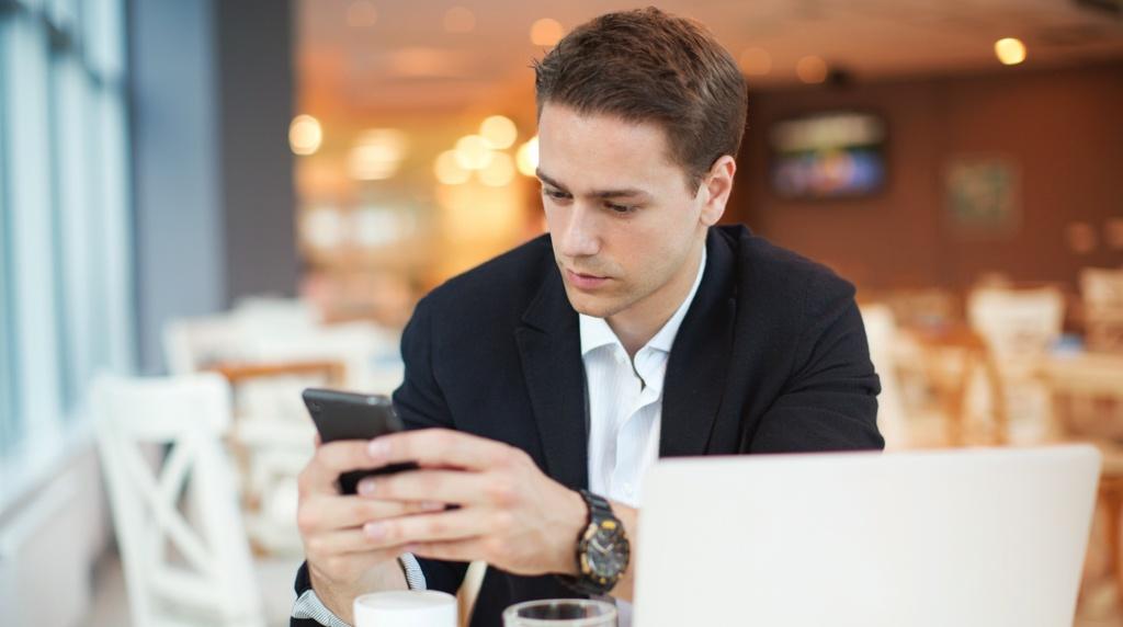 Работа с мобильных устройств в прошлом году: от email к collaboration-сервисам - 1