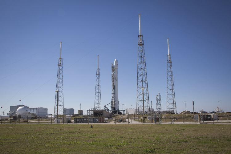 Старт Falcon 9 отложили в четвертый раз - 1