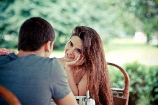 Ученые определили, как между мужчиной и женщиной возникает симпатия