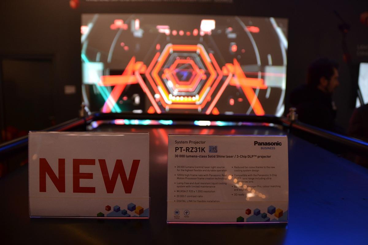 Свежая выставка ISE – новые светодиоды, экраны в окнах и как сломать экран, который не ломается - 31