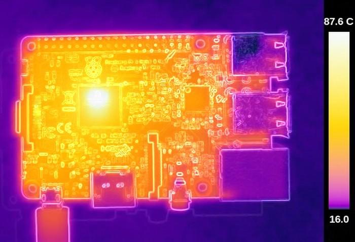 Термосъёмка Raspberry Pi 3 показала температуру 101ºC - 6