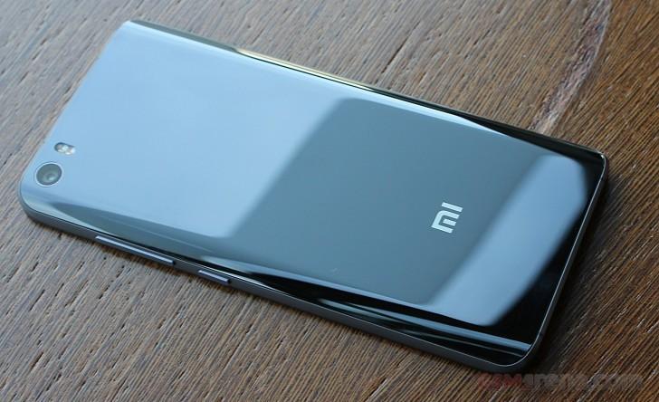Продажи Xiaomi Mi 5 за день составили 4 млн смартфонов, Xiaomi недооценила спрос