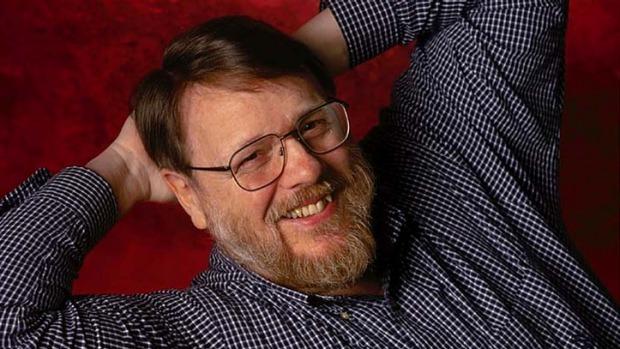 Умер Рэй Томлинсон, изобретатель электронной почты - 1