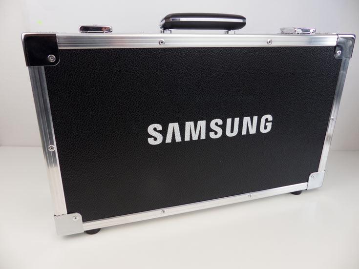 В США и многих европейских странах поставки Samsung Galaxy S7 и Galaxy S7 edge начинаются сегодня
