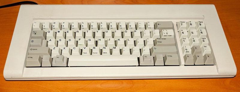Восстановление классической клавиатуры IBM Model F - 8