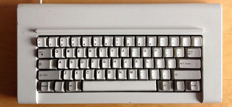 Восстановление классической клавиатуры IBM Model F - 9