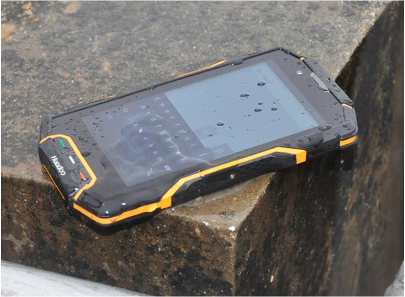 Защищенный телефон на все случаи жизни — небольшая подборка самых интересных примеров - 4