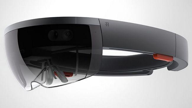 Microsoft производит гарнитуру дополненной реальности HoloLens собственными силами
