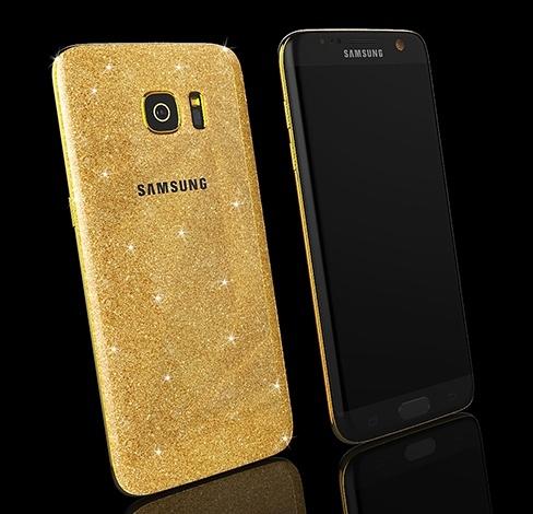 Покрытый золотом смартфон Samsung Galaxy S7 edge предлагается по цене около 3000 евро