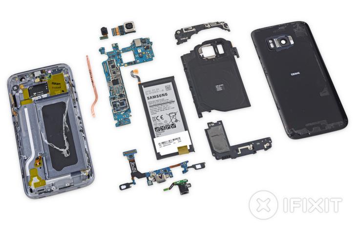 Смартфон Samsung Galaxy S7 заработал у iFixit три балла