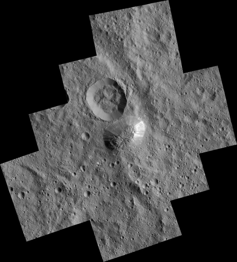 Зонд Dawn изучает Цереру уже год: интересные открытия и новые загадки - 2
