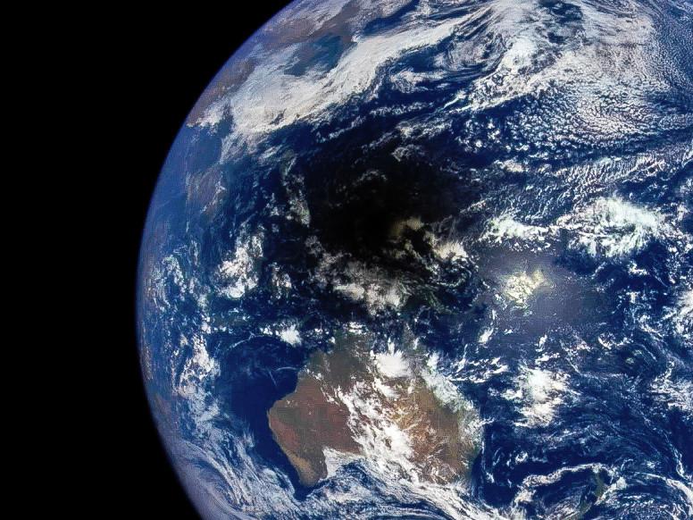 Фотографии и видео солнечного затмения 9 марта 2016 года - 1
