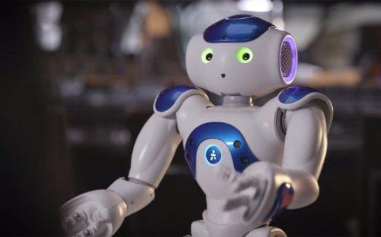 Connie- робот-консьерж от двух производителей