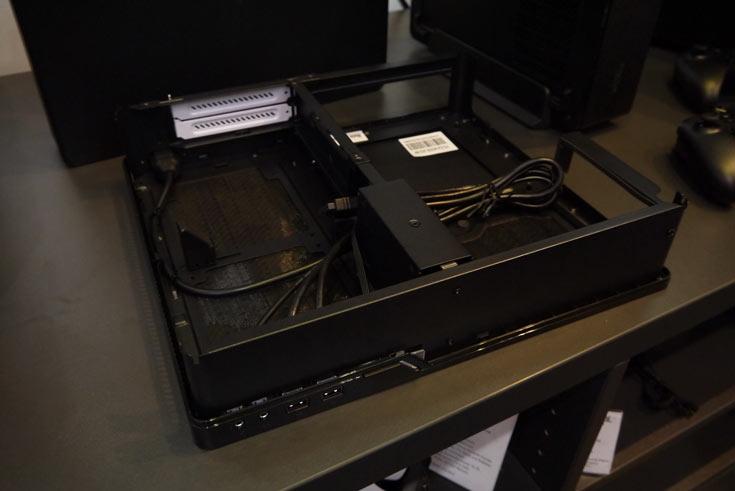 Fractal Design привезла на CeBIT корпуса Node 202 и Define Nano S
