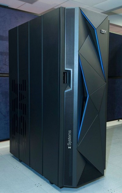 IBM представила новый мейнфрейм z13s для гибридных облаков - 1