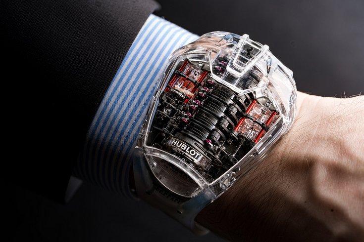 Hublot и Michael Kors тоже станут игроками на рынке умных часов