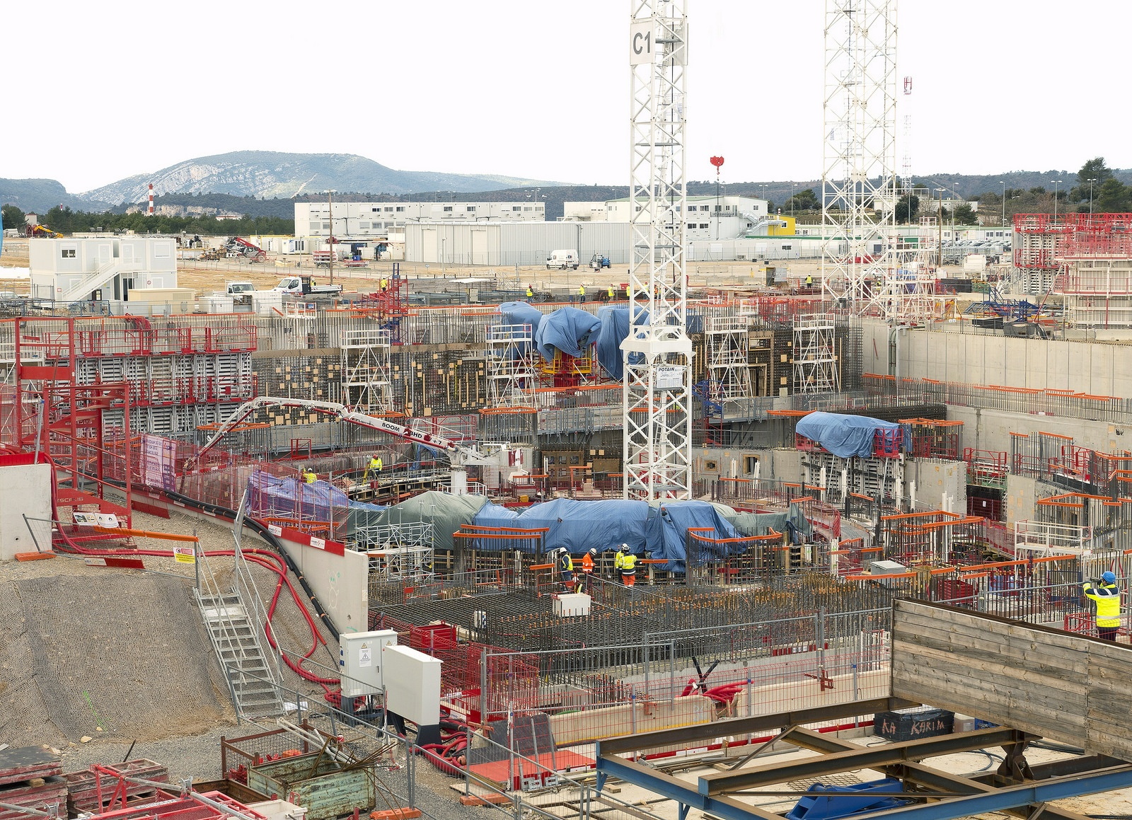 Изготовлен первый пакет обмотки для тороидальной катушки сверхпроводящего магнита ITER - 7