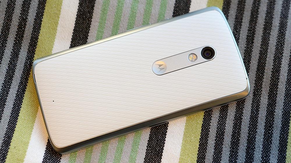 Moto X Play: яркий смартфон с ёмкой батареей - 10