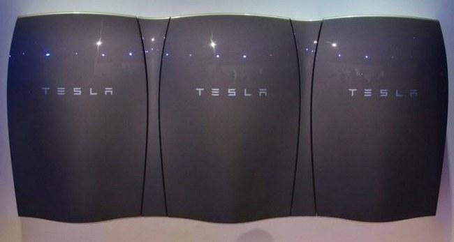 Tesla прекратила производство домашних аккумуляторов Powerwall емкостью 10 кВт•ч, готовя Powerwall 2.0