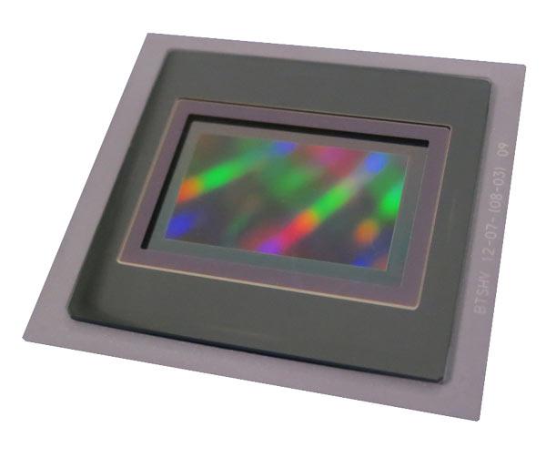 Датчик для UHDTV имеет оптический формат Super35