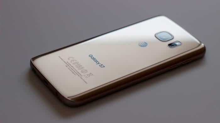 Покупатели не готовы расставаться с рассроченными видами платежей при покупке флагманских смартфонов
