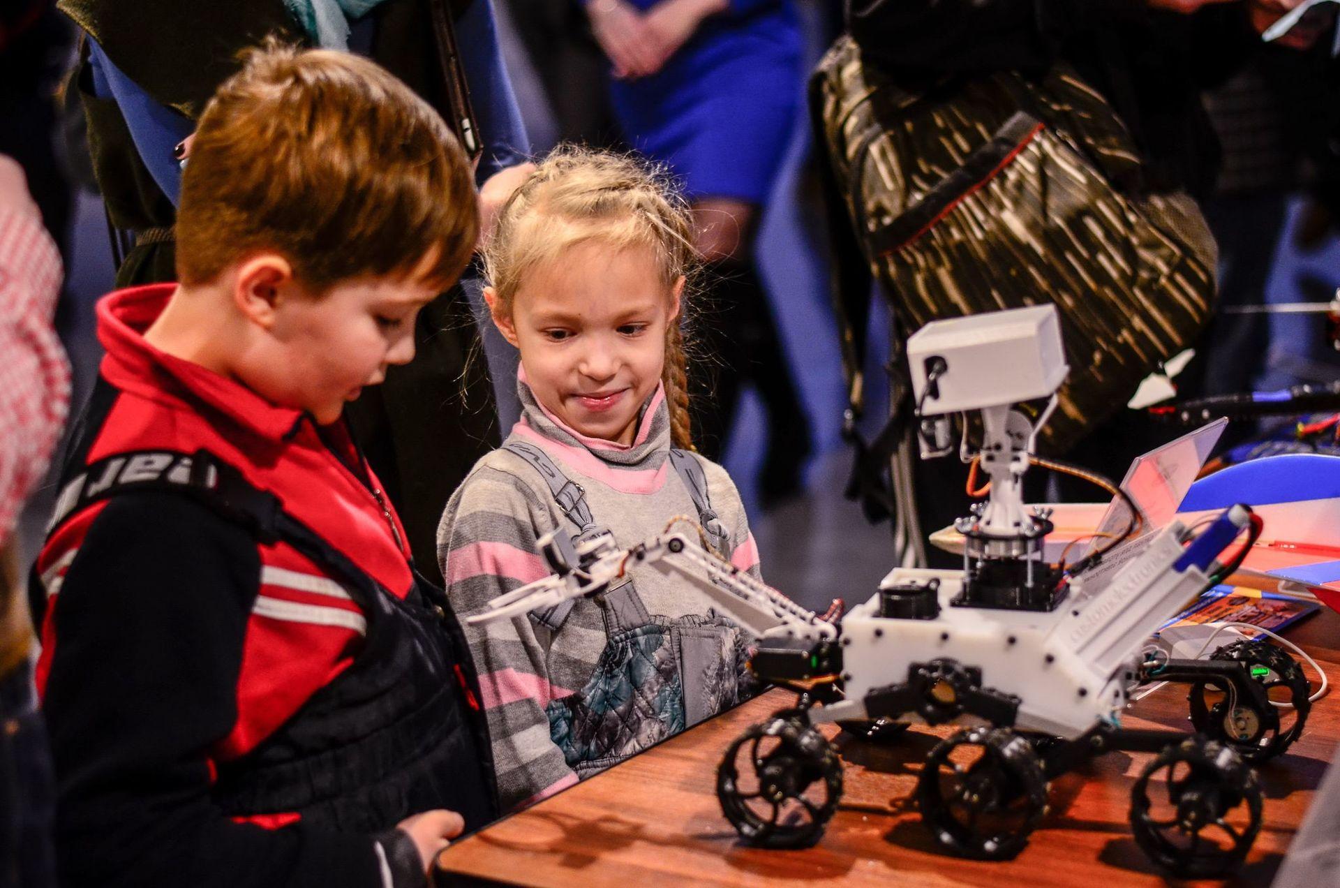 Фестиваль Город Технотворчества 2016, или как привлечь детей к технике - 11