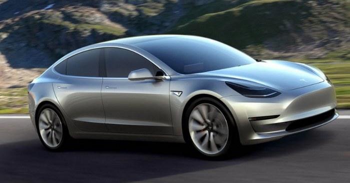 Почти 250 тыс. человек оформили предзаказ на Tesla Model 3, при этом компания за год собирает около 50 тыс. электромобилей