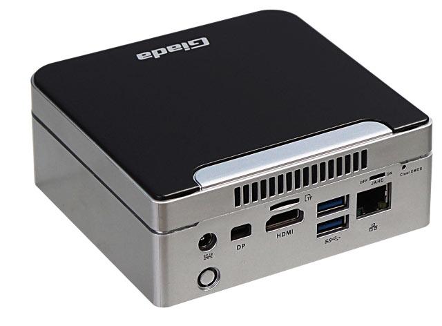 Оснащение Giada i80 включает порт Gigabit Ethernet и четыре порта USB 3.0