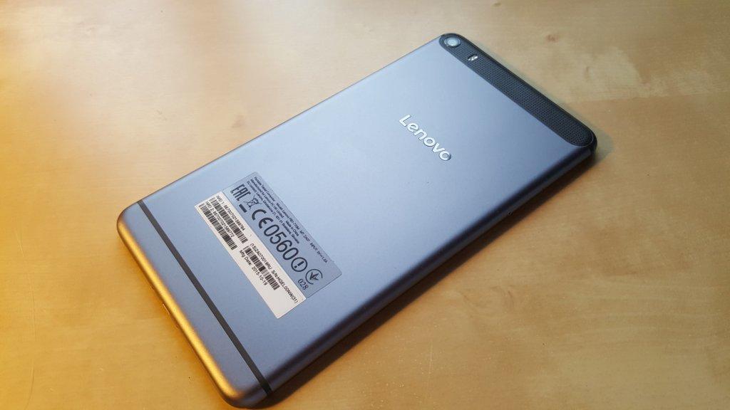 Большой смартфон, маленький планшет… Lenovo Phab Plus - 1