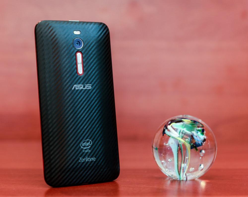 Обзор смартфона ASUS ZenFone 2 Deluxe Special Edition - 12