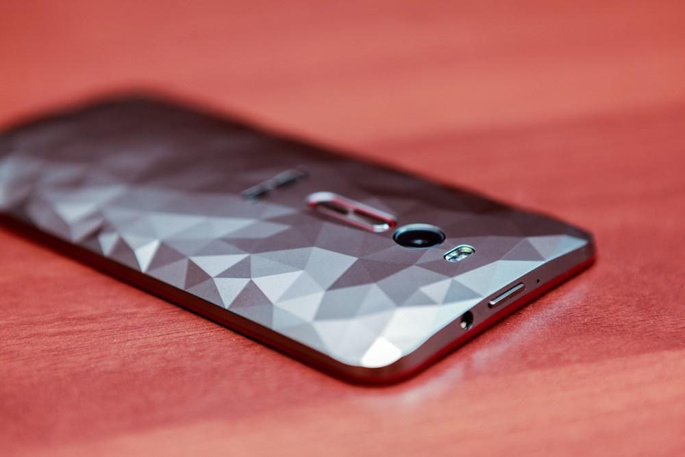 Обзор смартфона ASUS ZenFone 2 Deluxe Special Edition - 25
