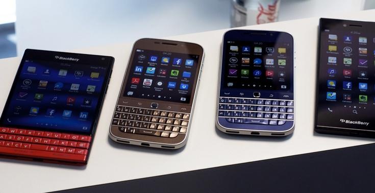 BlackBerry продолжает терпеть убытки