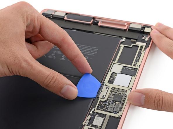 iFixit разобрали Apple iPad Pro 9,7